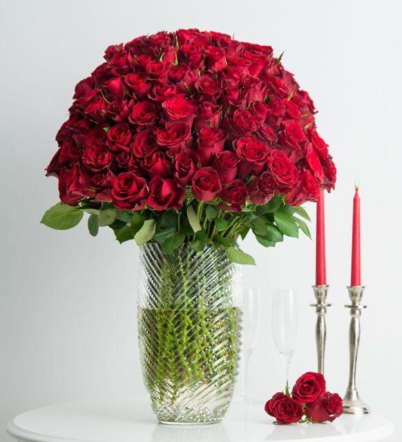 Aşkın Melodisi 200 Kırmızı Gül
